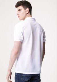 Born2be - Biała Koszulka Gladdening. Typ kołnierza: polo. Kolor: biały. Materiał: dzianina. Długość rękawa: krótki rękaw. Długość: krótkie. Wzór: gładki #5