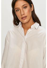 Biała koszula ANSWEAR z klasycznym kołnierzykiem, długa, wakacyjna