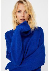 Niebieski sweter MOODO z golfem, z długim rękawem, długi