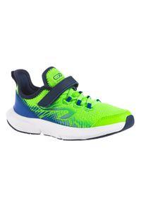 KALENJI - Buty do biegania dla dzieci Kalenji AT Flex Run na rzep. Zapięcie: rzepy. Kolor: zielony, niebieski, wielokolorowy. Materiał: kauczuk, mesh. Szerokość cholewki: normalna. Sport: bieganie
