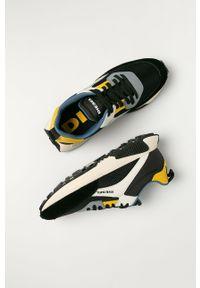 Czarne sneakersy Diesel z cholewką, z okrągłym noskiem, na sznurówki