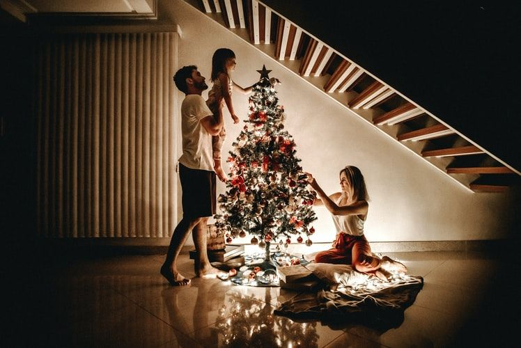 Prezenty na święta. Jak wybrać idealny prezent świąteczny dla niej, dla niego – sprawdź nasze propozycje