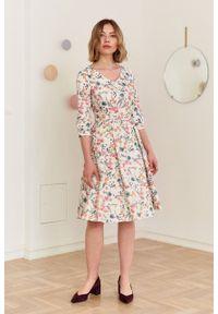 Marie Zélie - Sukienka Lotis Amphibia kremowa. Kolor: kremowy. Materiał: bawełna, materiał, elastan, tkanina, skóra. Wzór: kwiaty