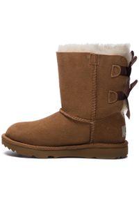 Brązowe buty zimowe Ugg na spacer, z cholewką