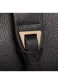 Coccinelle - Torebka COCCINELLE - H55 Alba E1 H55 11 01 01 Noir 001. Kolor: czarny. Wzór: aplikacja. Materiał: skórzane. Styl: klasyczny
