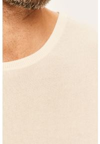 Kremowy sweter Tailored & Originals z okrągłym kołnierzem