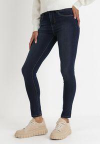 Born2be - Granatowe Jeansy Skinny Nemastus. Kolor: niebieski. Długość: długie. Wzór: gładki. Styl: sportowy, elegancki #5