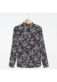 House - Wiskozowa koszula we wzory - Czarny. Kolor: czarny. Materiał: wiskoza