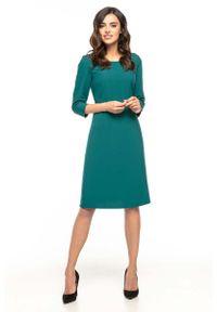 Tessita - Szmaragdowa Trapezowa Sukienka Koktajlowa z Rękawem ¾. Kolor: zielony. Materiał: poliester, elastan. Typ sukienki: trapezowe. Styl: wizytowy