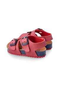 Czerwone sandały Garvalin na klamry