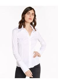 Patrizia Pepe - PATRIZIA PEPE - Biała koszula z elastycznej tkaniny. Okazja: na spotkanie biznesowe. Typ kołnierza: kołnierzyk klasyczny. Kolor: biały. Materiał: tkanina. Długość rękawa: długi rękaw. Długość: długie. Styl: klasyczny, biznesowy