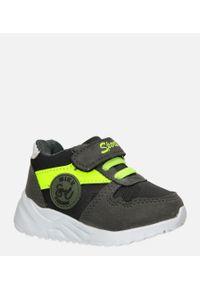 Casu - szare buty sportowe na rzep casu 20t4/m. Zapięcie: rzepy. Kolor: szary