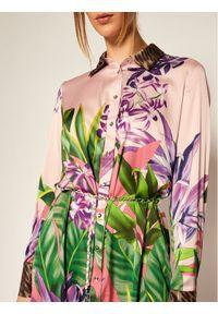 Sukienka koszulowa Guess w kolorowe wzory