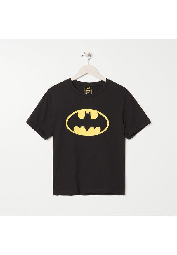 Sinsay - Piżama dwuczęściowa Batman - Czarny. Kolor: czarny. Wzór: motyw z bajki