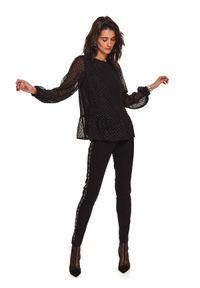 TOP SECRET - Bluzka z tkaniny plumeti z baskinką. Okazja: do pracy, na imprezę. Kolor: czarny. Materiał: tkanina. Długość: długie. Sezon: wiosna. Styl: elegancki