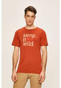 Czerwony t-shirt columbia casualowy, z nadrukiem, na co dzień