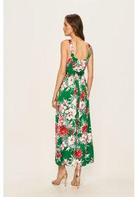 Zielona sukienka Vila rozkloszowana, maxi, w kwiaty, na ramiączkach