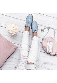 Niebieskie półbuty Zapato na sznurówki, na lato, w kolorowe wzory