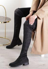 Renee - Czarne Kozaki Chace. Wysokość cholewki: przed kolano. Nosek buta: okrągły. Zapięcie: zamek. Kolor: czarny. Materiał: materiał. Szerokość cholewki: normalna. Obcas: na obcasie. Wysokość obcasa: niski