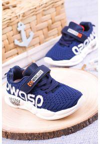 Casu - granatowe buty sportowe na rzep casu 20p16/m. Zapięcie: rzepy. Kolor: niebieski