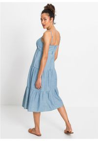Sukienka oversize w optyce dżinsowej TENCEL™ Lyocell bonprix lodowy niebieski denim. Kolor: niebieski. Materiał: lyocell, denim. Sezon: lato. Typ sukienki: oversize