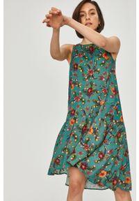 Turkusowa sukienka Answear Lab wakacyjna, na ramiączkach