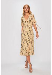 Beżowa sukienka Glamorous rozkloszowana, w kwiaty