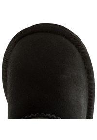 Czarne buty zimowe Ugg na spacer
