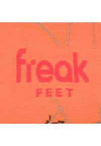 Pomarańczowe skarpetki Freak Feet w kolorowe wzory