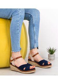 Niebieskie sandały SIXTH SENS w kolorowe wzory, na co dzień, casualowe, ze sprzączką