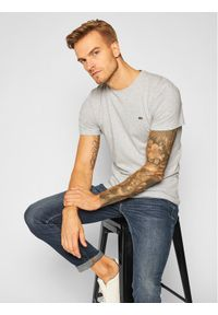 Lacoste T-Shirt TH2038 Szary Regular Fit. Kolor: szary
