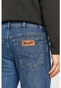 Niebieskie jeansy Wrangler