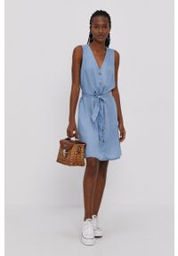 Vero Moda - Sukienka. Kolor: niebieski. Materiał: tkanina, jedwab, materiał, lyocell. Typ sukienki: rozkloszowane