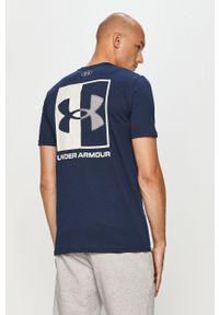Niebieski t-shirt Under Armour z nadrukiem