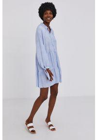 Answear Lab - Sukienka. Kolor: niebieski. Długość rękawa: długi rękaw. Typ sukienki: rozkloszowane. Styl: wakacyjny