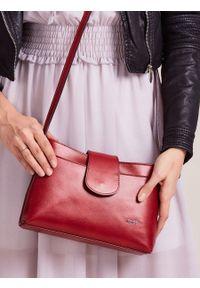 Czerwona kopertówka ROVICKY skórzana, elegancka