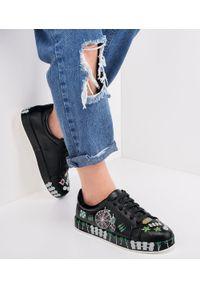 Czarne buty sportowe MARQUIIZ w kolorowe wzory, trekkingowe