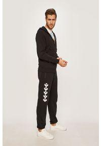 Czarne spodnie dresowe Converse z nadrukiem