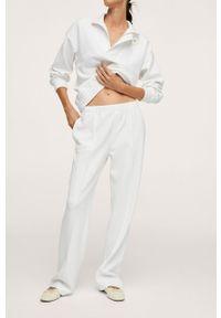 mango - Mango - Spodnie Textura. Kolor: biały. Materiał: włókno