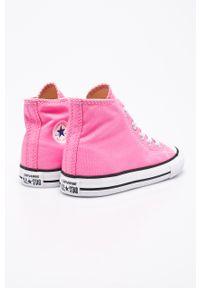 Różowe trampki Converse z okrągłym noskiem, z cholewką