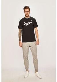 Czarny t-shirt Converse na co dzień, z nadrukiem, casualowy