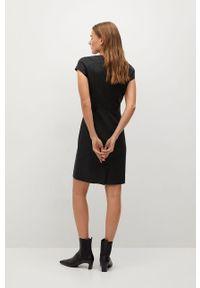 Czarna sukienka mango casualowa, z krótkim rękawem