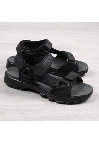 Czarne sandały American Club