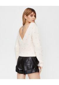 SELF PORTRAIT - Biały sweter z kryształami. Kolor: biały. Materiał: dzianina, wełna