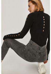 Czarna bluzka Answear Lab długa, gładkie, z długim rękawem, wakacyjna