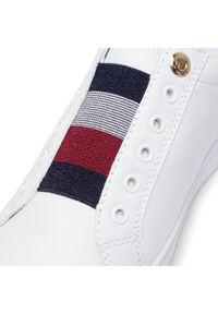 TOMMY HILFIGER - Tommy Hilfiger Sneakersy Th Elastic Slip On Sneaker FW0FW05546 Biały. Zapięcie: bez zapięcia. Kolor: biały