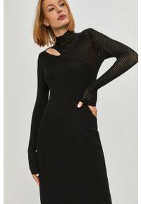 Czarna sukienka Answear Lab mini, gładkie