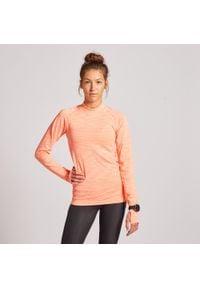 KIPRUN - Koszulka do biegania z długim rękawem damska Kiprun Skincare. Kolor: różowy, wielokolorowy, pomarańczowy. Materiał: elastan, poliester, materiał, poliamid. Długość rękawa: długi rękaw. Długość: długie. Sezon: zima. Sport: fitness