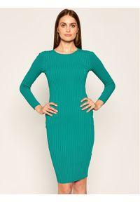 Zielona sukienka dzianinowa Guess