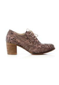 Zapato - sznurowane półbuty na 6 cm słupku - skóra naturalna - model 251 - kolor taupe litery. Materiał: skóra. Obcas: na słupku